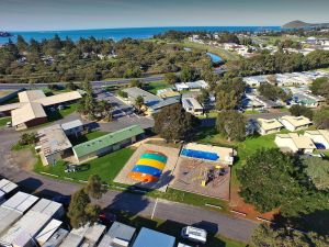Victor Harbor Holiday  Cabin Park - Accommodation Mooloolaba