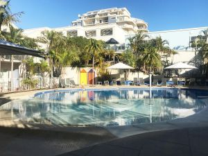 Ramada Resort by Wyndham Shoal Bay - Accommodation Mooloolaba